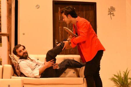 \'3 Bicharey\' A Play By Anumhaq At Arts Council Karachi (2)