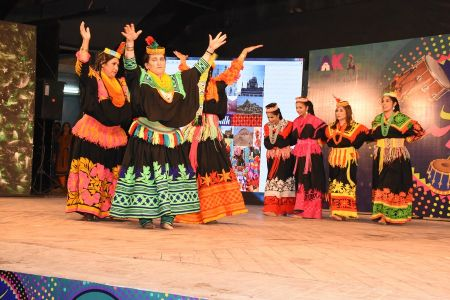 \'Lok Mela\' At Arts Council Of Pakistan Karachi (10)