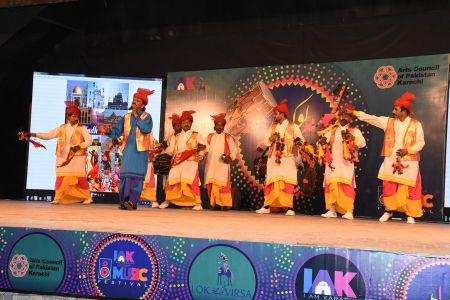 \'Lok Mela\' At Arts Council Of Pakistan Karachi (18)