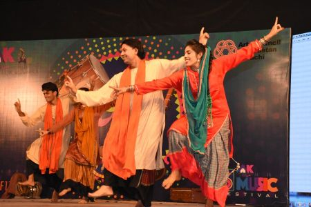 \'Lok Mela\' At Arts Council Of Pakistan Karachi (27)