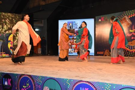 \'Lok Mela\' At Arts Council Of Pakistan Karachi (29)