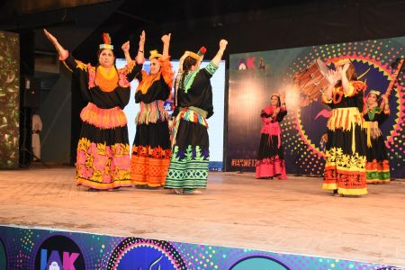 \'Lok Mela\' At Arts Council Of Pakistan Karachi (7)