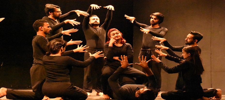 Arts Council hosted the physical theater SOCH