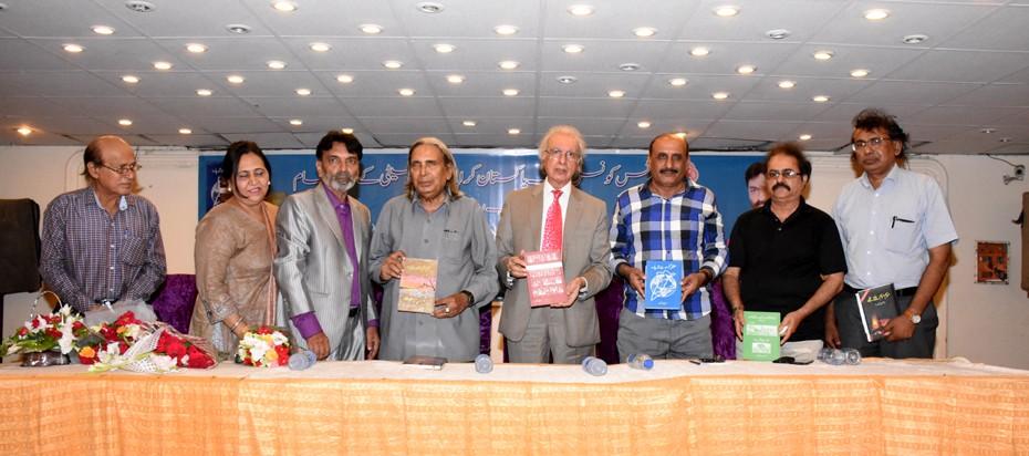 Poet Zareef Ahsan launched his six books of Urdu literature