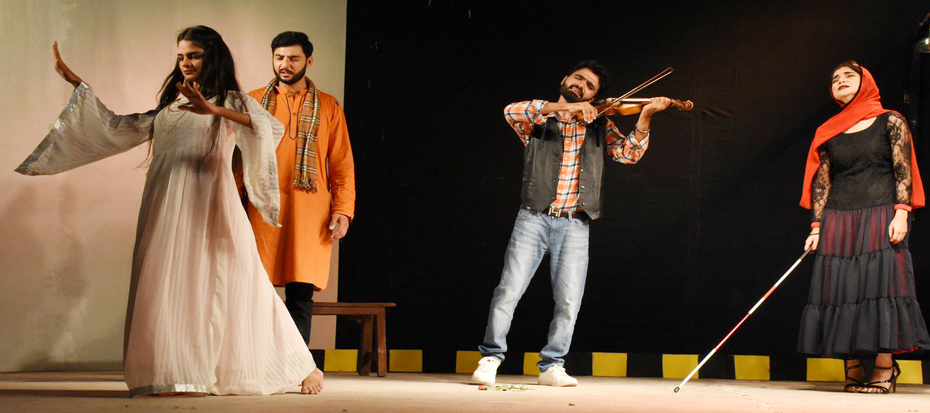 """Dhiyan Ranian"" 3rd Play of the Awami Theater Festival 2018"
