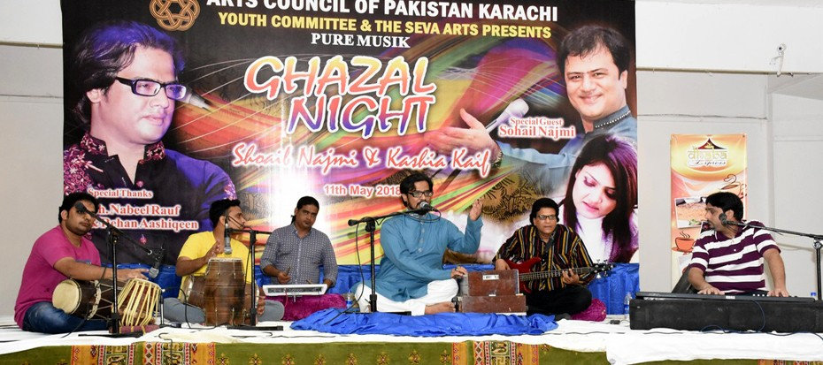 Shoaib Najmi and Kashia Kaif performed live in Ghazal Night